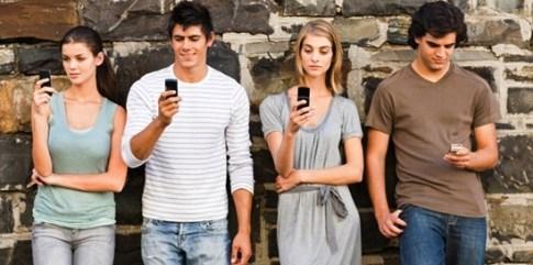 Jangan-Berlebihan-Menggunakan-Smartphone-1