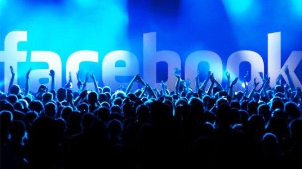 Fakta-Tersembunyi-di-Balik-Media-Sosial-Facebook