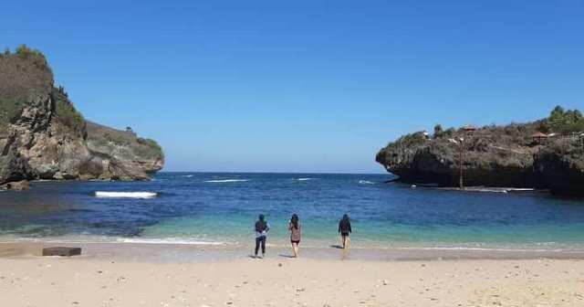 Pantai Ngrenehan @pemimignon