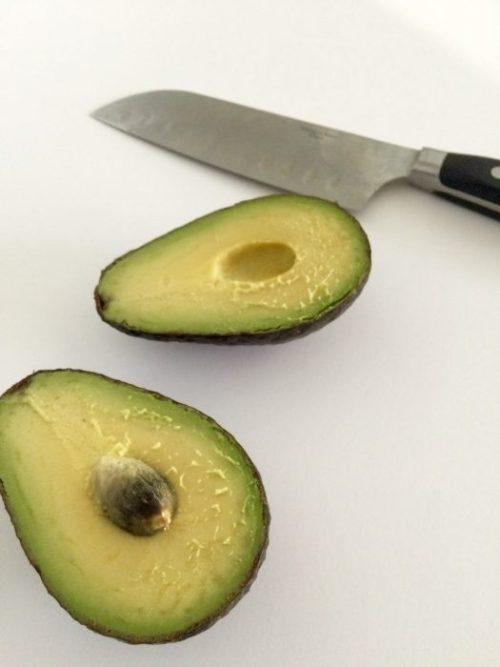 How To Cut An Avocado 5