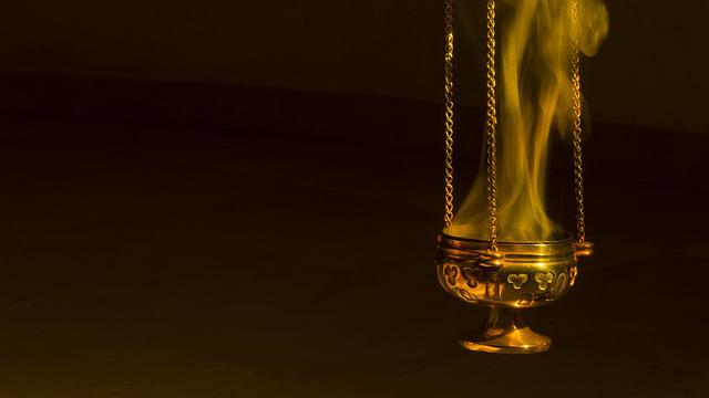 Free Photo Christian Worship Liturgy Smell Burn Smoke