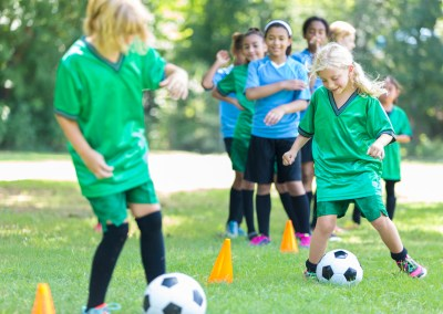 Non-profit sports program expands—with help from Maxwell