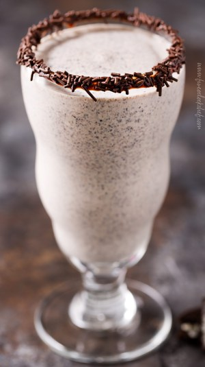 Boozy Baileys Oreo Milkshake - The 5 O'Clock Chef