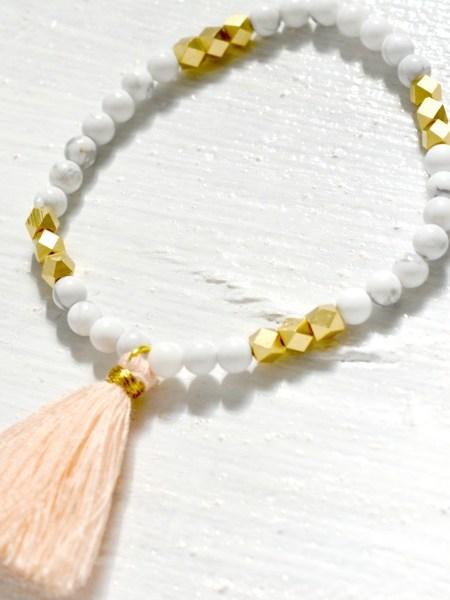 bracelet_perles_turquoises_blanches_marbre_may_boheme_perles_laiton_bisoté_facetté_pompon_rose_nude_quartz_boho_chic_gipsy_arizona_love_summer_2016