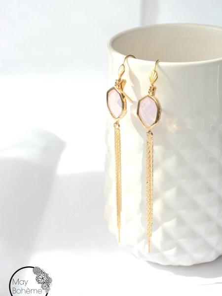 """LONGUES DORMEUSES ECLIPSE """"MAY MINIMALISTE"""" - cristal rose, pompon chaîne doré à l'or fin jaune"""