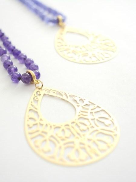 sautoir_may_boheme_violet_estampe_goutte_plaque_or_oriental_vintage_gipsy_chic
