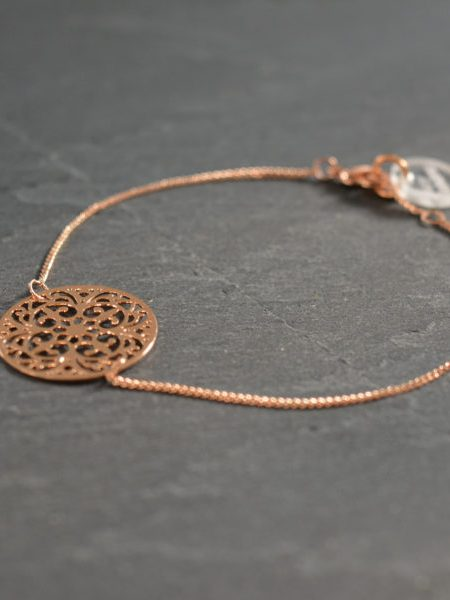 """Bracelet Asmaé """"MAY MOUCHARABIEH"""" - Médaille orientale dorée à l'or fin rose"""