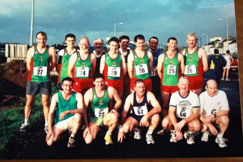 A lineup of runners at  Hollymount 10k in 2002 - listed below