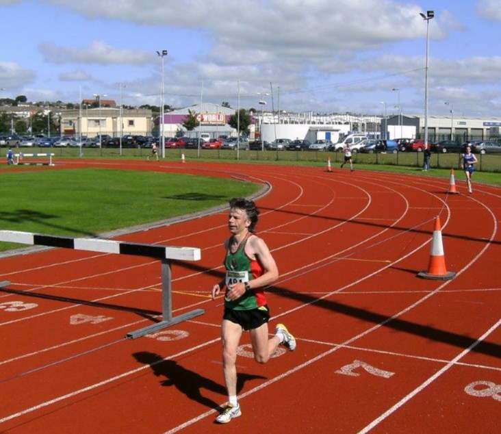 2008 National Half marathon at Waterford RSC: Ronnie Naylor on track to finish in 80:45 and brilliant silver medal M50