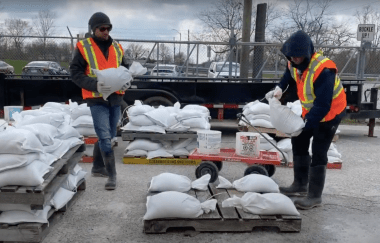 Free sandbags offered to Riverside residents
