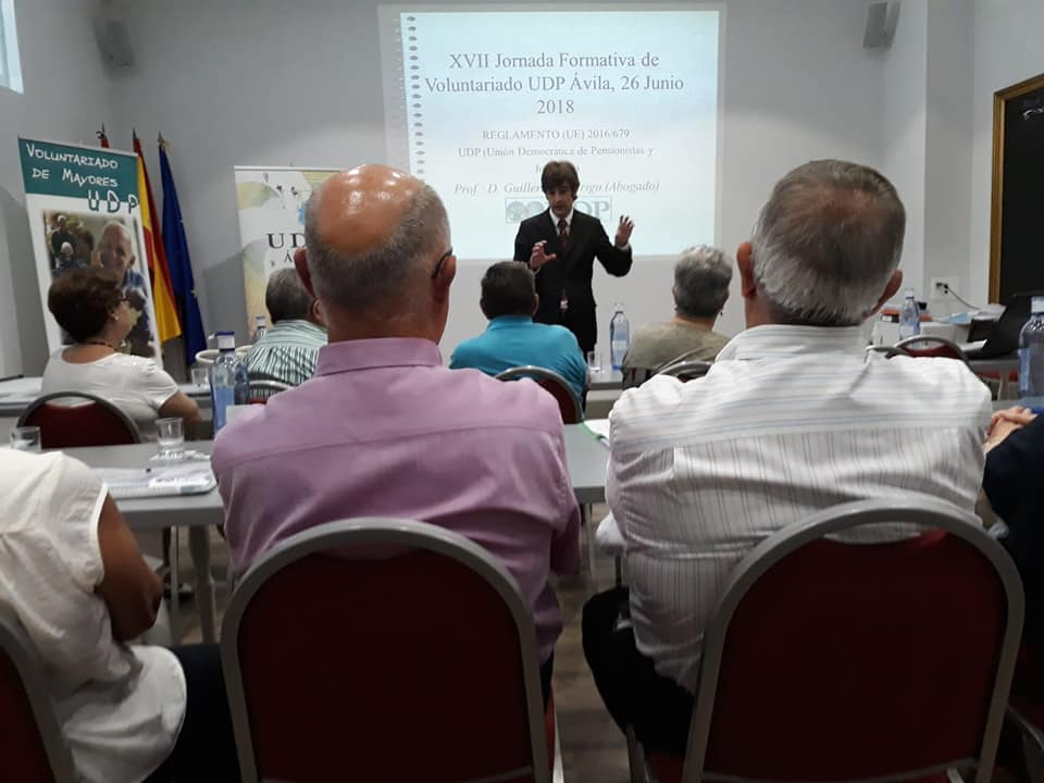 Guillermo Rodrigo Guerra, abogado experto en la Protección de Datos durante la formación.