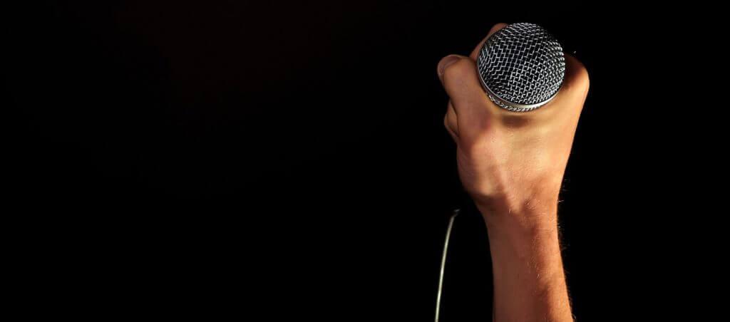 Controla tu voz, con los servicios especializados y clases de canto de Mayré Martínez Tienda Oficial.