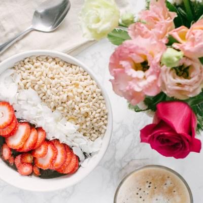 Açai Smoothie Bowl for Breakfast!