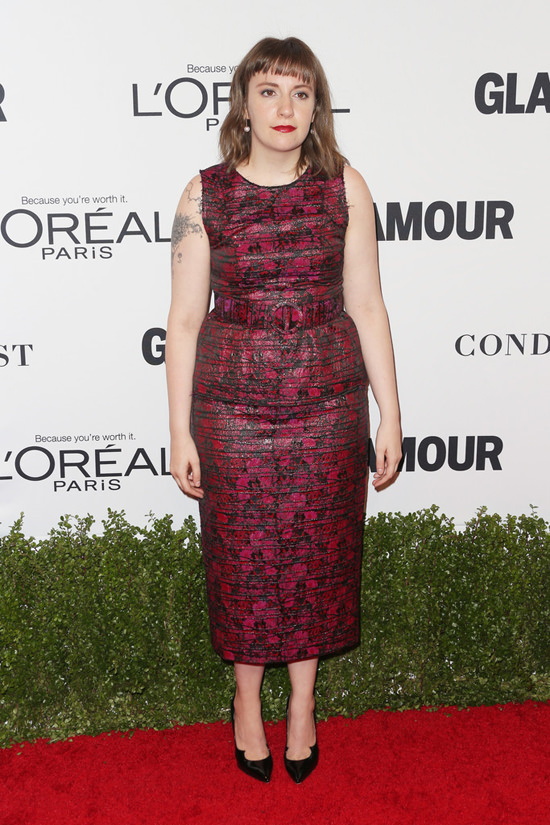 lena-dunham-glamour-women-year-awards-2016-red-carpet-fashion-jonathan-cohen-tom-lorenzo-site-4