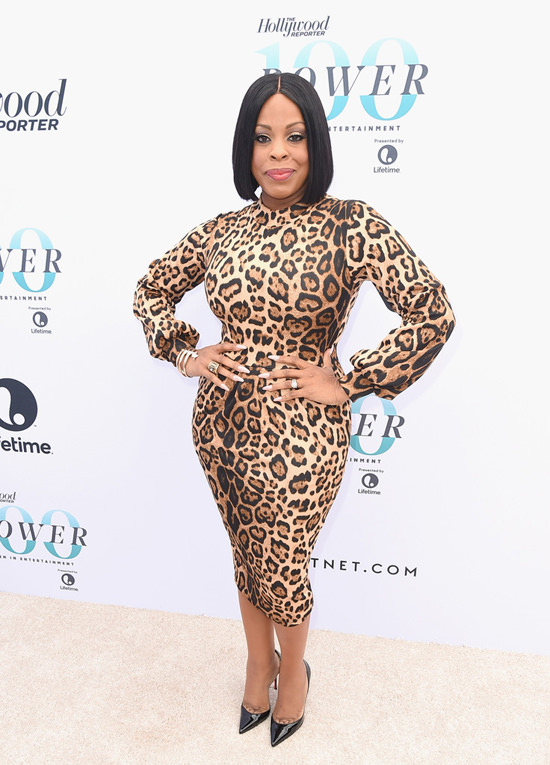 friday-leftover-red-carpet-rundown-12092016-tom-lorenzo-site-niecy-nash