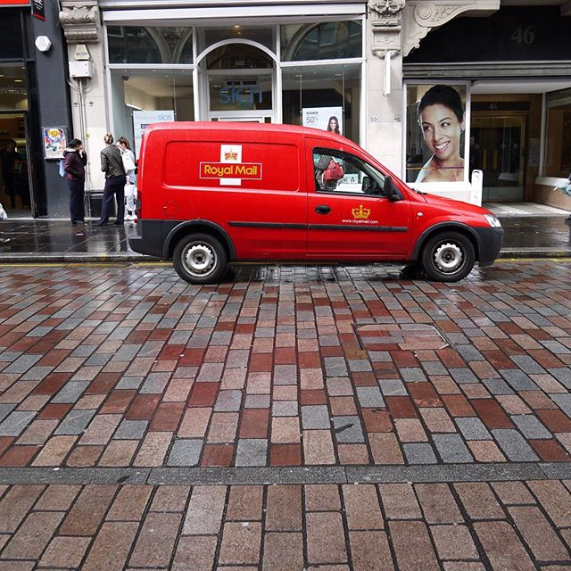 Red mail truck on Gordon Street, Glasgow