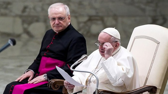 Pope Francis endorses same-sex civil unions: they have right to be in a family