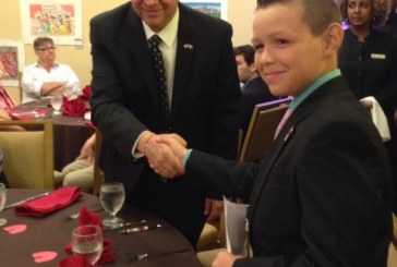 Premian en Washington a niño mazatleco