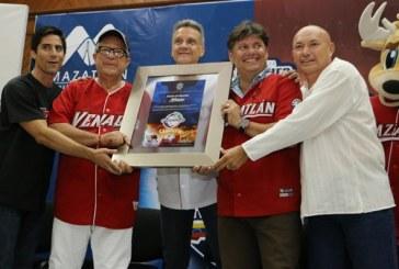 Los Venados y Pacho reconocidos por el ayuntamiento de Mazatlán