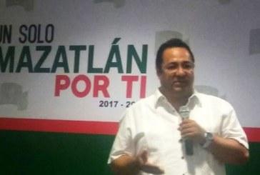 <center>Alcades de Sinaloa Presentan sus Gabinetes 2017-2018</center>