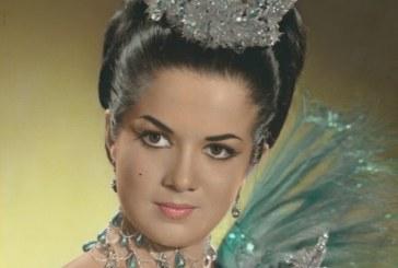 Vicky Tirado festeja 50 años como Reina del Carnaval