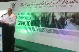 Alcalde de San Ignacio presenta su Plan Municipal de Desarrollo