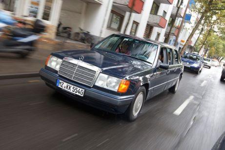Mercedes-260-E-lang-fotoshowBig-d4fc732e-592837