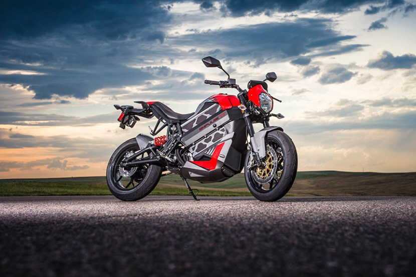 2016-Empulse-TT-Victory-Electric-Motorcycle-4