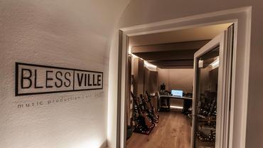 Blessville Studio entree