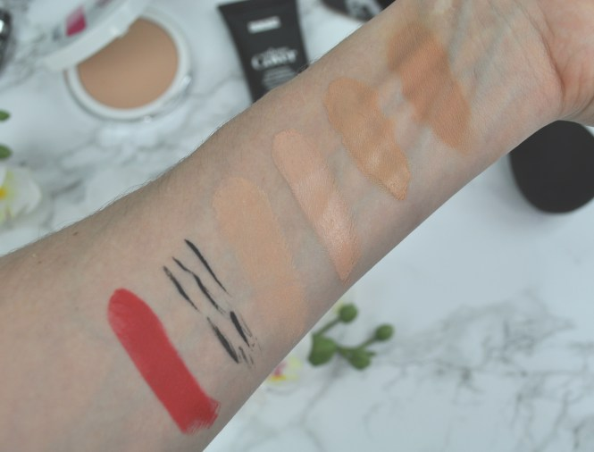 PUPA MILANO I'm Matt Lipstick, Roll Liner, Sport Addicted Puder, Extreme Cover Concealer, Foundation, Swatches