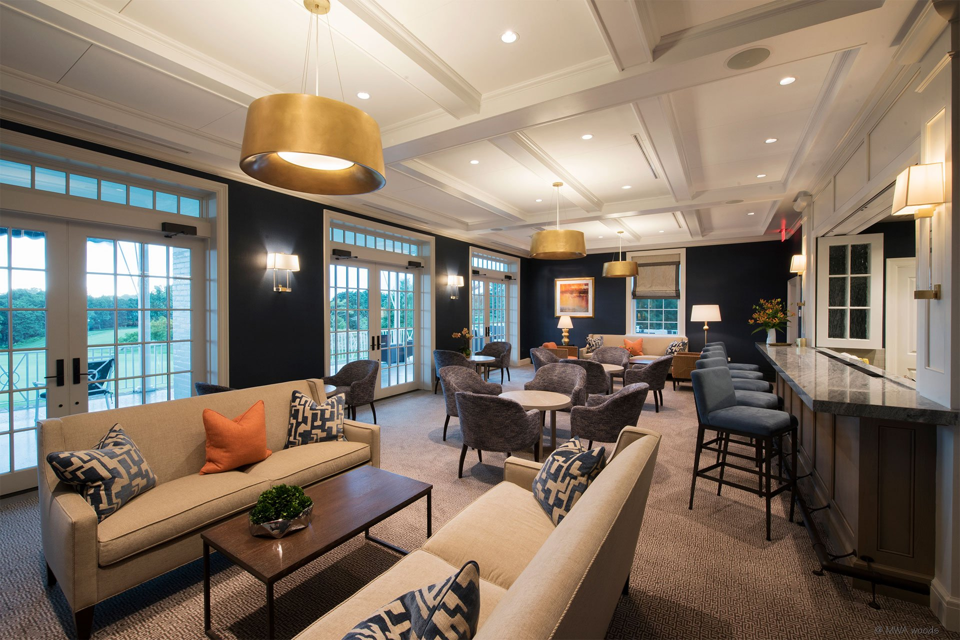murphy-brothers-contracting-commercial-greewich-country-club-elmers-lounge-01 (1)