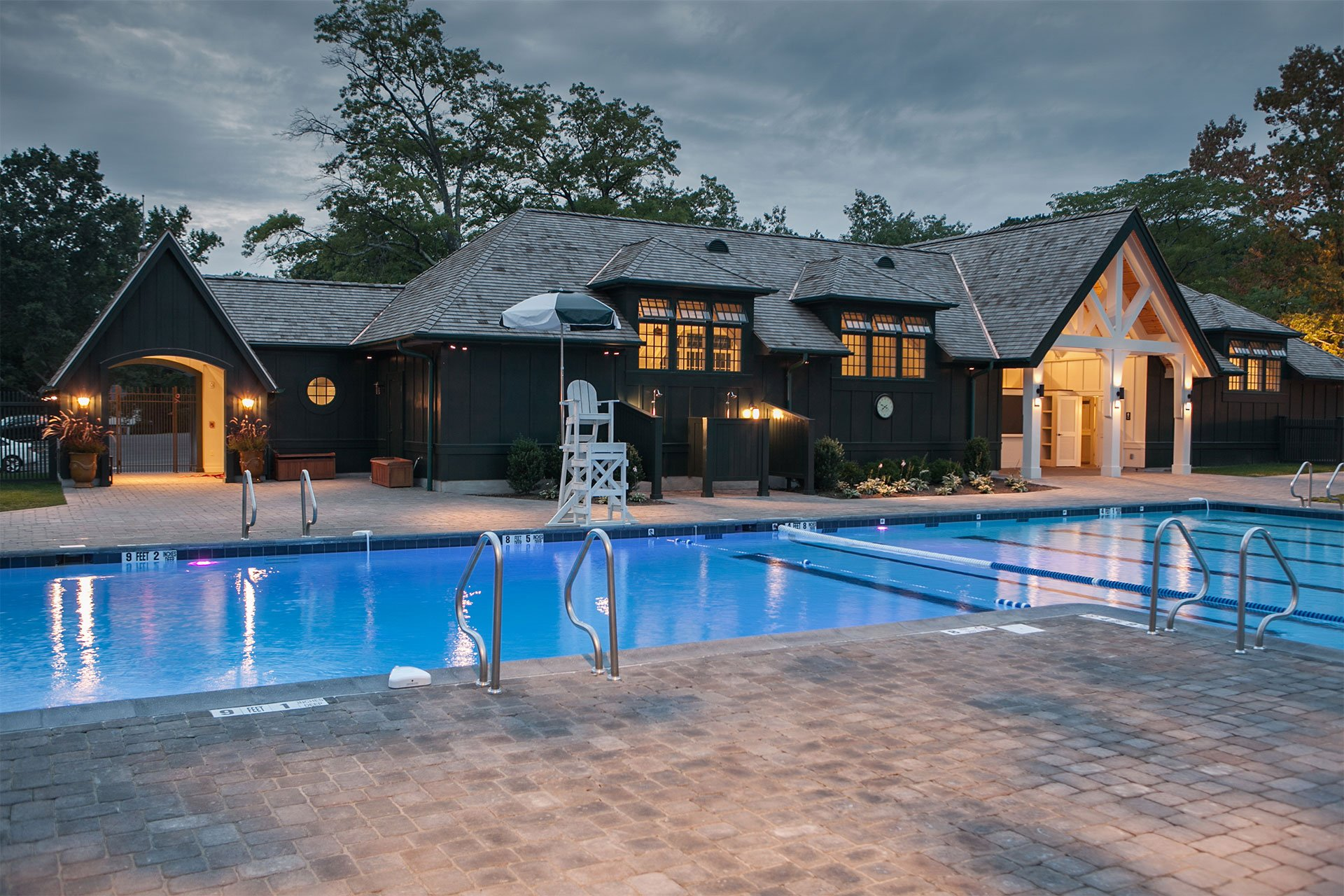 murphy-brothers-contracting-commercial-mamk-winged-foot_exterior-pool-complex-building-pool-14