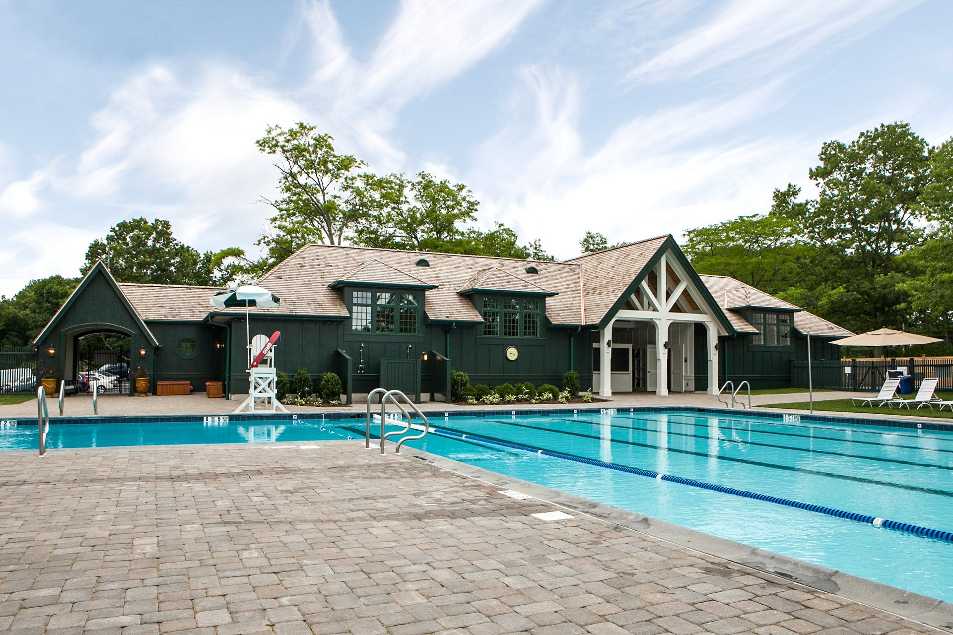 murphy-brothers-contracting-commercial-mamk-winged-foot_exterior-pool-complex-outside-1