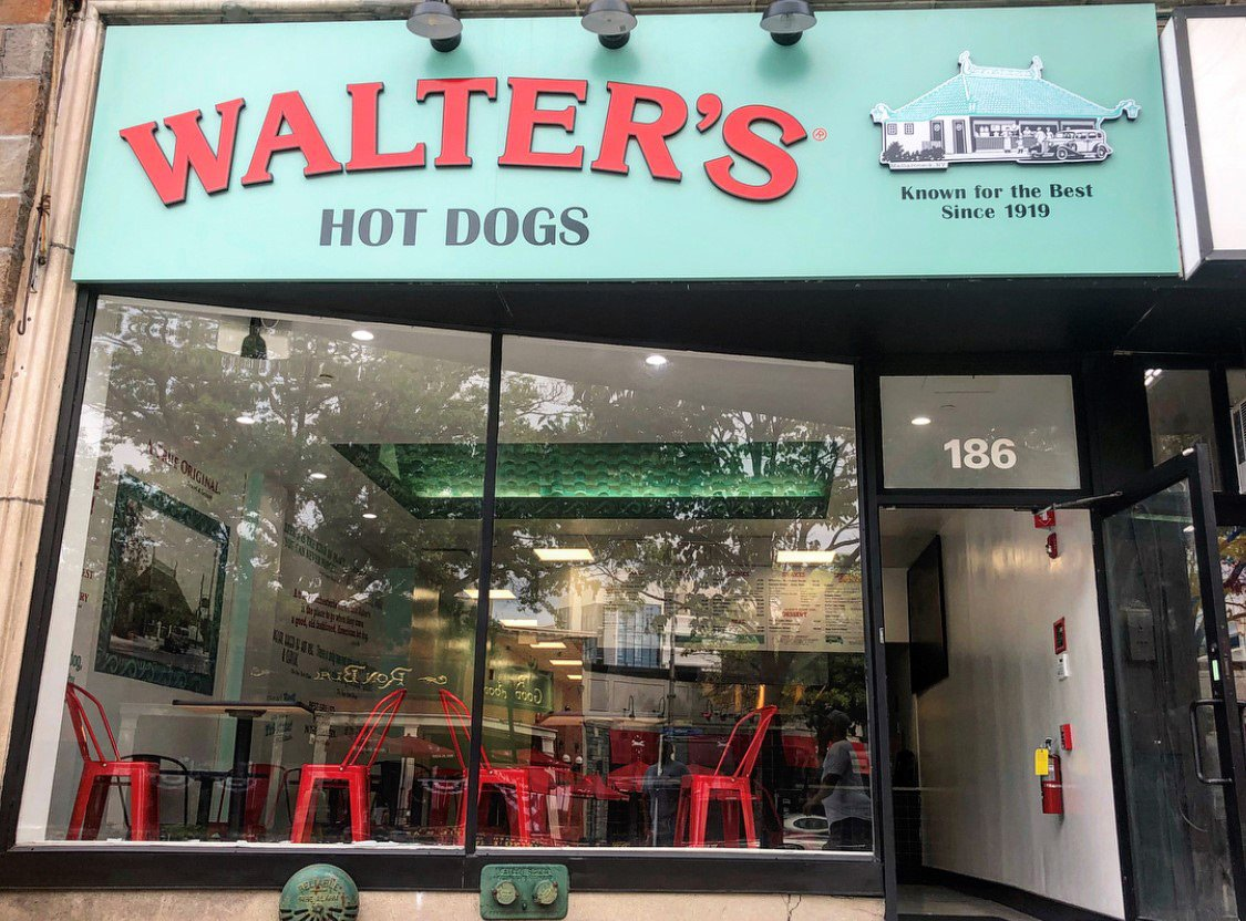 murphy-brothers-contracting-commercial-walters-hot-dogs-1