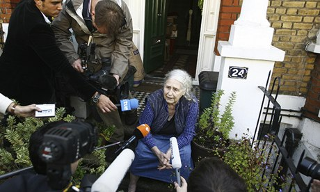 Doris Lessing in 2007