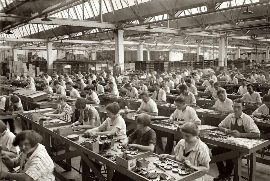 vintage-factory-workers-jake-wilton-toronto-fashion-lifestyle-blog-e1334185296269