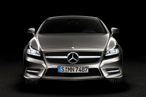 2011-Mercedes-Benz-CLS-leaked11-597x398.jpg