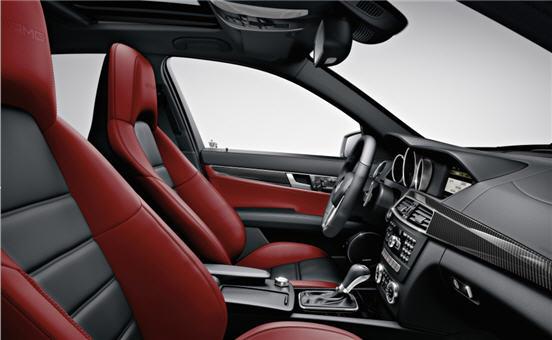 2012_C63_AMG_Sedan___3_.jpg