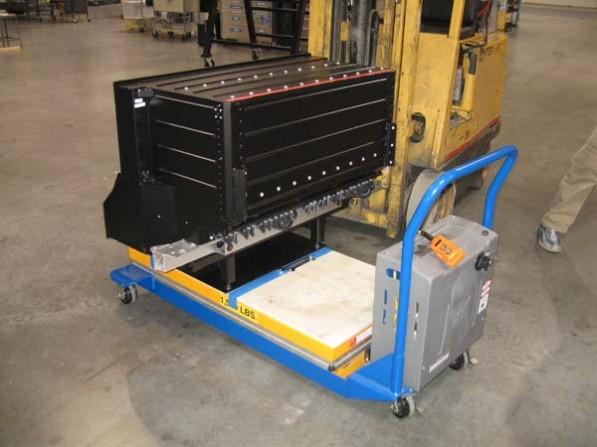 tesla laptopbatteries 597x447 Daimler, 2 Others Eye Tesla Li Battery Technology