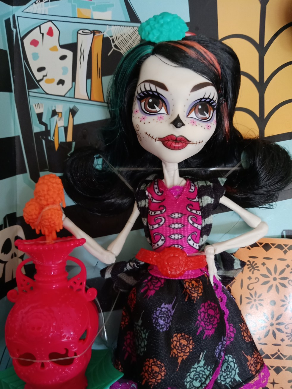 Monster high doll with black hair and brown eyes