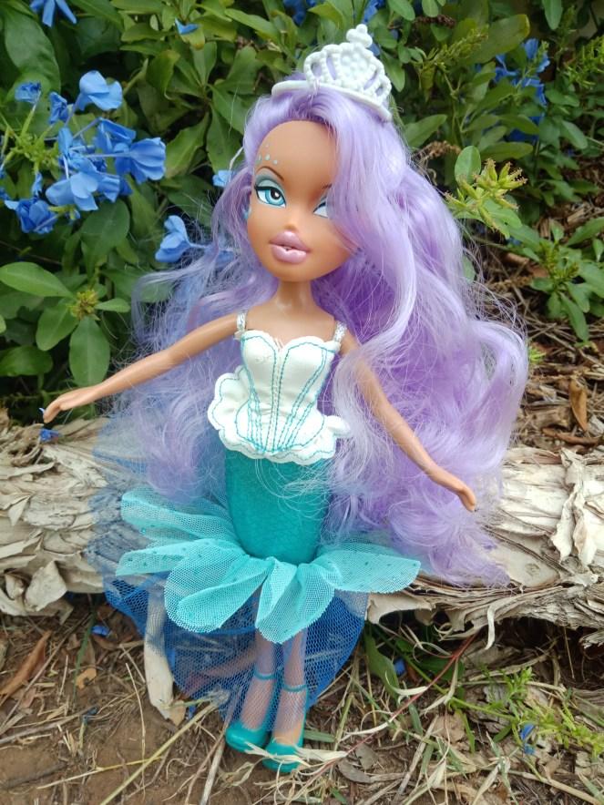 Bratz Doll Masquerade Mermaid Geneva purple hair