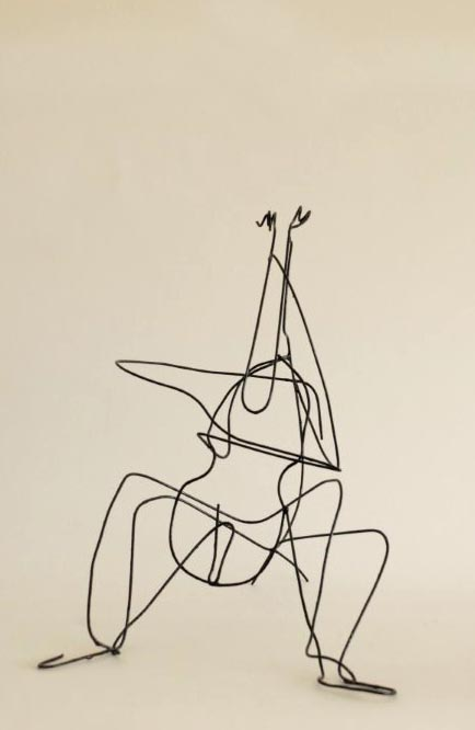 Cellist-draadfiguur, 26x21x21-159