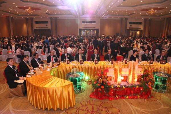 陳華貴部長與台馬領袖及商界貴賓,1300多人參與其盛。