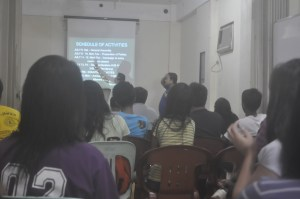 Sir Ervin Reyes explains the rules of election during students' general assembly last July 7.