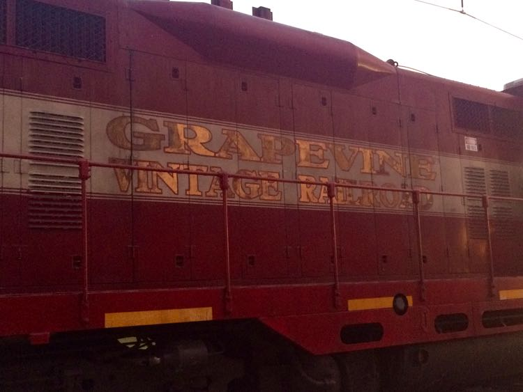 things to do in Grapevine Texas: Grapevine Vintage Railroad