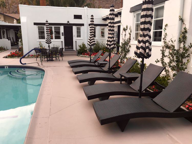 pool lounge chairs at Palm Springs inn