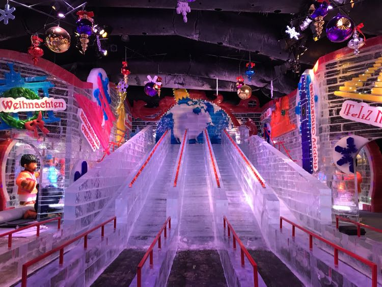 ICE! Slides Gaylord Palm Kissimmee Florida