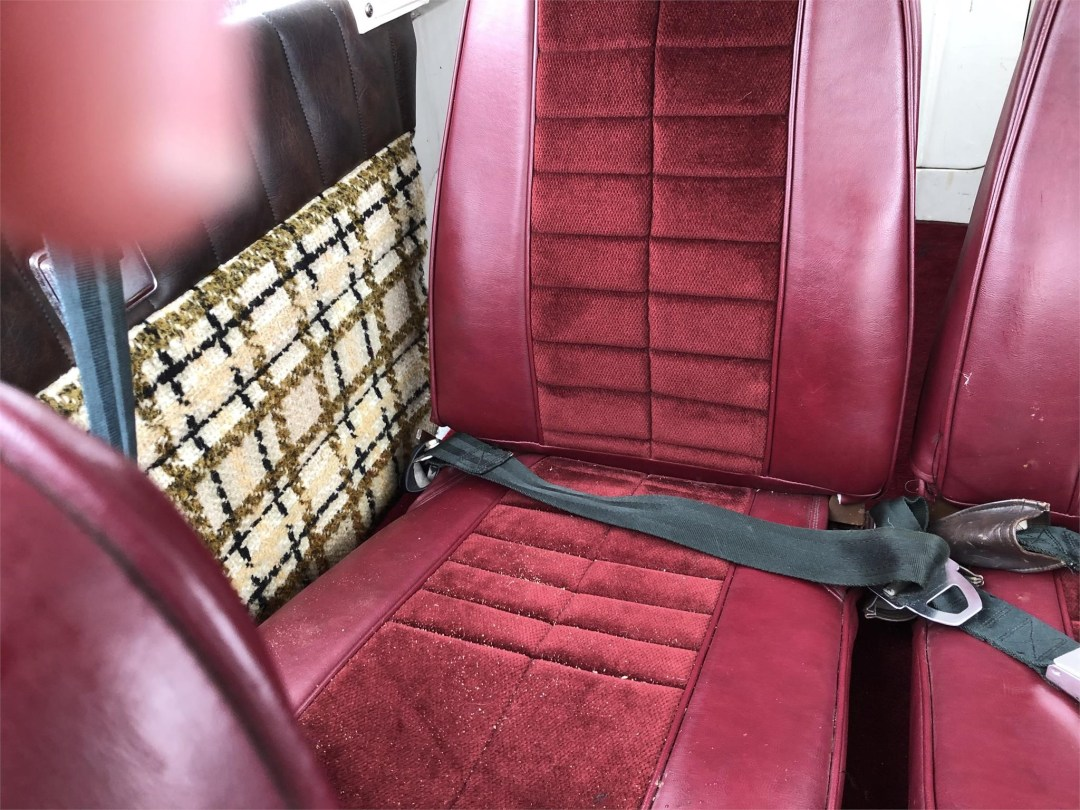 1973 PIPER ARROW II rear seats right side