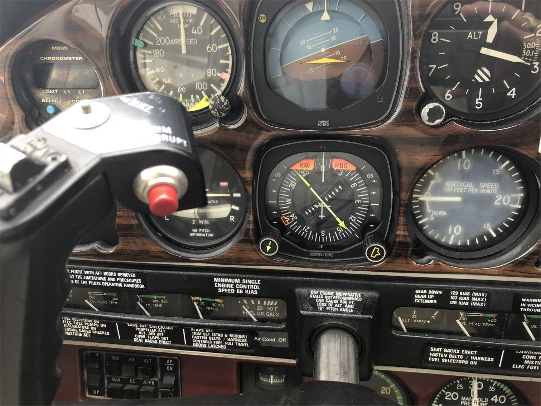 1979 PIPER SENECA II instruments on pilots side