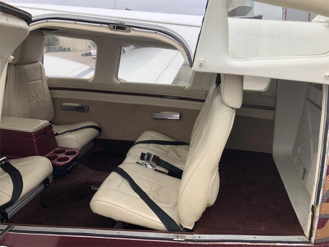 1979 PIPER SENECA II rear seating area doors open
